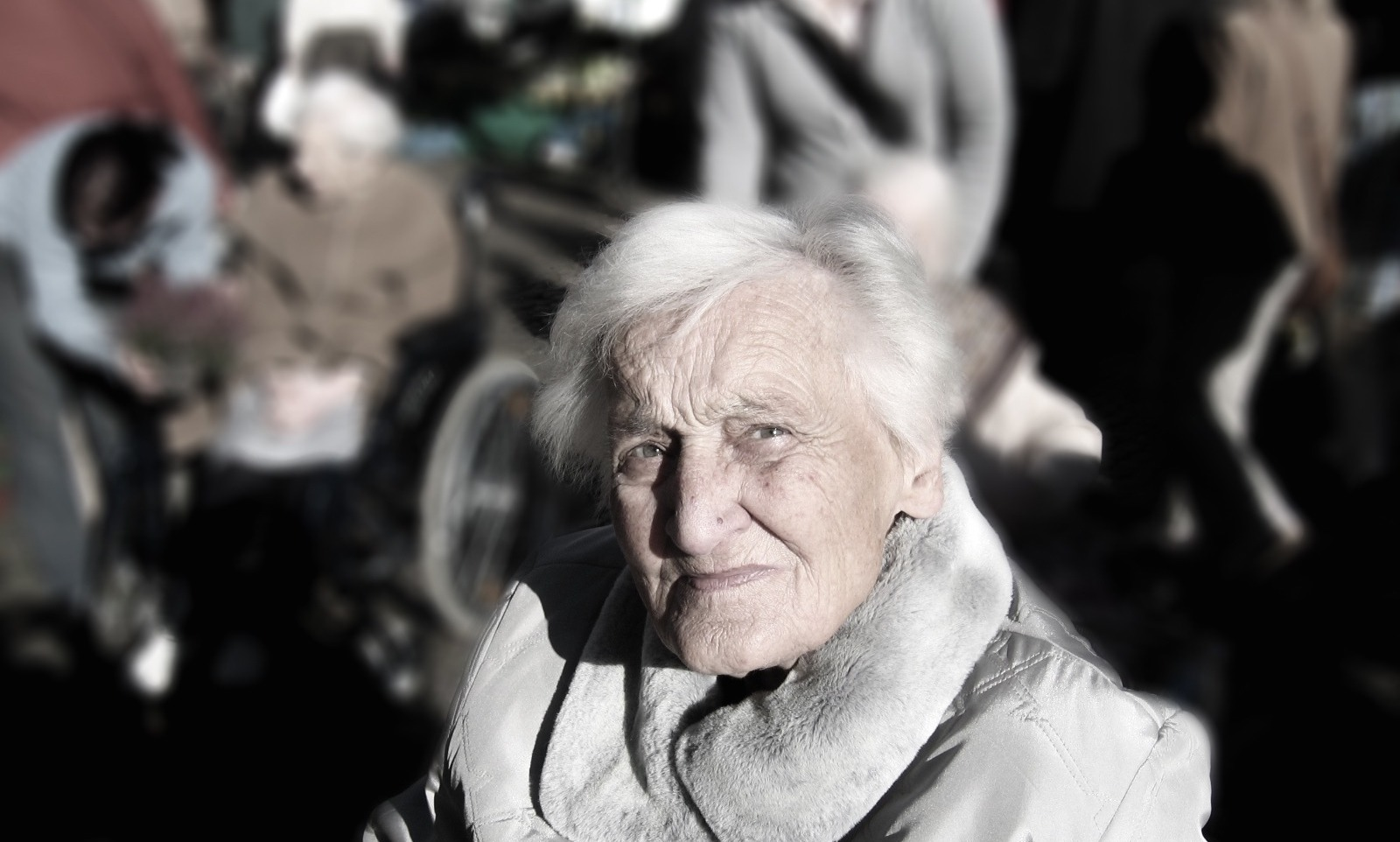 elderly lady with dementia careleaf
